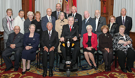 The recipients of the Senior Achievement Awards with the Honourable David C. Onley, Lieutenant Governor of Ontario (front row, centre), and the Honourable Mario Sergio, Minister Responsible for Seniors Affairs (front row, centre left).